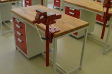 Dílenské stoly TechnoBank pro školy - Atypické dílenské stoly do žákovské dílny