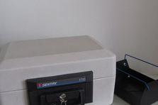 Ohnivzodrný box na data a dokumenty Sentry 1710 -