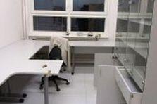 - ČVUT, kancelářský nábytek