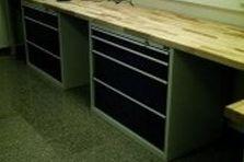 Dílenské a montážní stoly
