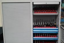 Kovová dílenská skříň - Vybavení dílny a šatny kovovým nábytkem