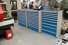 Dílenská zásuvková skříň - Vybavení dílny a šatny kovovým nábytkem