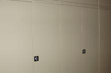 Univerzální dílenská skříň - Kovové univerzální skříně pro VŠ