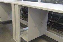 Dílenské pracovní stoly pro broušení