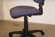 - Dílenský nábytek do vývojových center