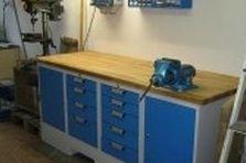 Vybavení dílny - pracovní stůl se svěrákem - Dílenský stůl se svěrákem