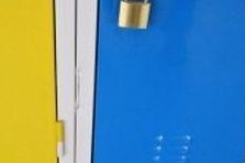 Základní škola - šatní skříňky