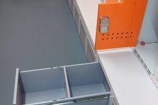 Zásuvka na obuv - Kovové šatní skříňky pro potravinářský závod