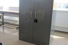 - Kovový nábytek pro pracoviště VÚT Brno