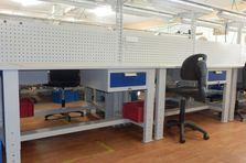 Montážní dílenské stoly výškově stavitelné