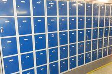 Skříňky - boxy pro ukládání osobních věcí - Montážní dílenské stoly výškově stavitelné
