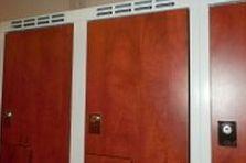 - Šatní skříně pro fitness centrum