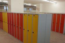- Šatní skříňky pro 1. a 2. stupeň základní školy