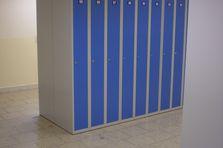 Šatní skříně pro základní školu