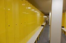 Vybavení šatny - šatní skříně - Šatní skříňka na předlavičce pro výrobní závod