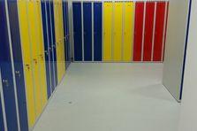 Šatní skříňky kovové pro ZŠ - Šatní skříňky pro základní školu