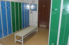 - Šatní skříně Z pro fitcentrum