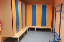 - Šatní skříňky pro sportoviště v HK
