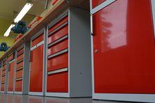 Dílenské kontejnery - Profesionální dílenské stoly jako základ vybavení dílny