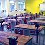 Dílenský a šatní nábytek pro školy