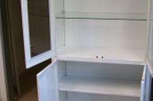 Kovová skříň - Vybavení pro zdravotnické zařízení